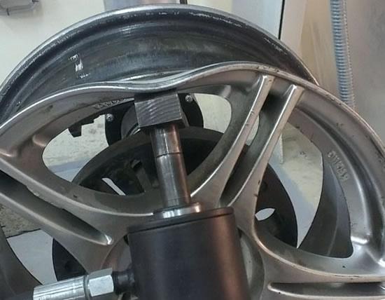 Ремонт кромки литого диска